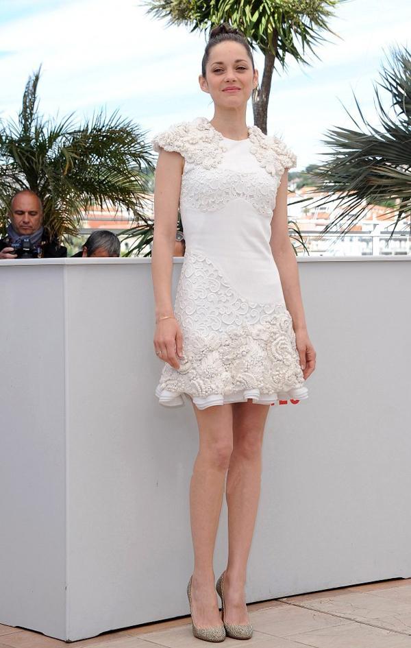Fashion world of elsa un petit coin de mode pour elsa for Alexander mcqueen robe de mariage